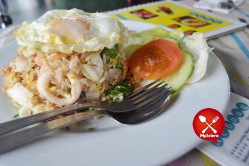 restoran rebung nasi goreng seafood