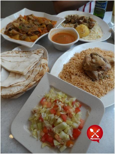 Zurbiyan Lamb & Madghot Chicken