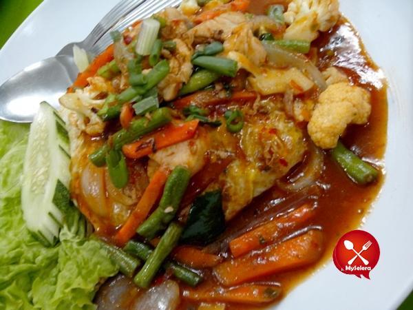 Nasi Goreng Dara Restoran Bisik Bisik