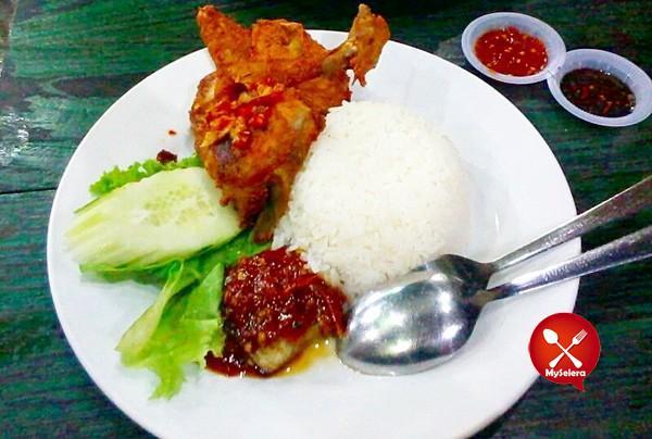 Nasi Ayam Penyet Wong Solo, Ampang
