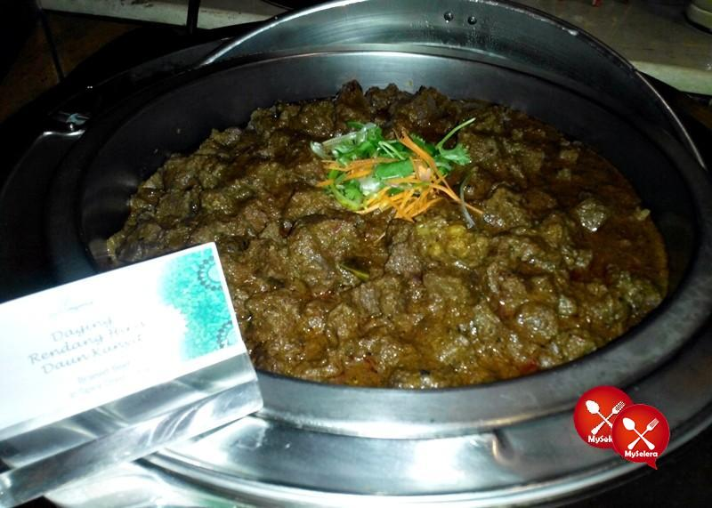 Rendang Daging di Buffet Ramadhan Pacific Regency Hotel Suites Kuala Lumpur