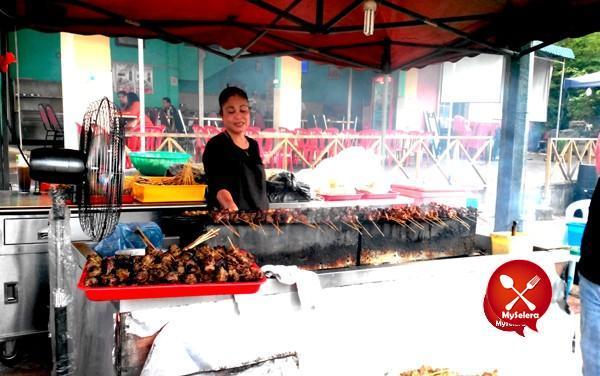 Penjual Satay Tulang Jelebu