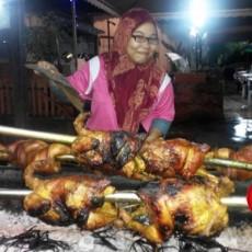 Ayam Golek Nara Seafood Pantai Dalam