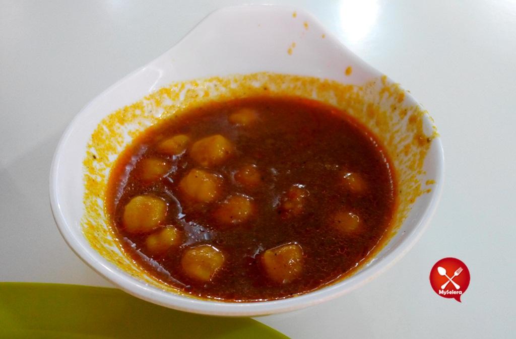 Kuah Dalca di RSMY Best Cheese Naan 1