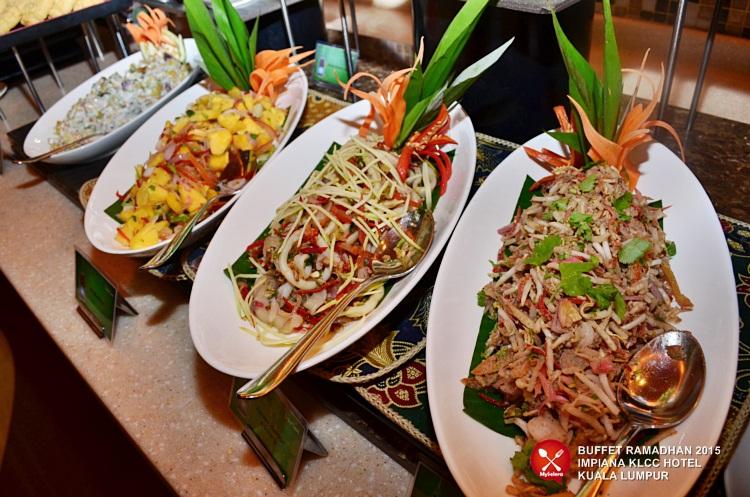 Pelbagai jenis kerabu.Buffet Ramadhan 2015 Impiana KLCC Hotel & Spa -11