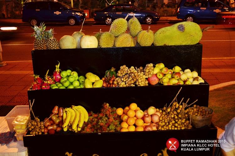 Santapan durian di Buffet Ramadhan 2015 Impiana KLCC Hotel