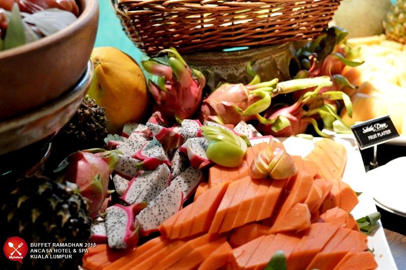 Buah Buahan Tropika Buffet Ramadhan 2015 - Ancasa Hotel & Spa Kuala Lumpur -013